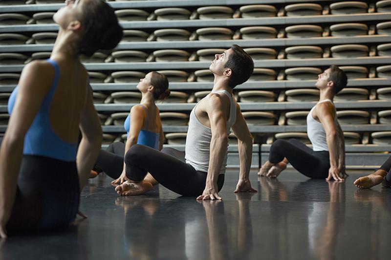 Modern dance class at Adelphi